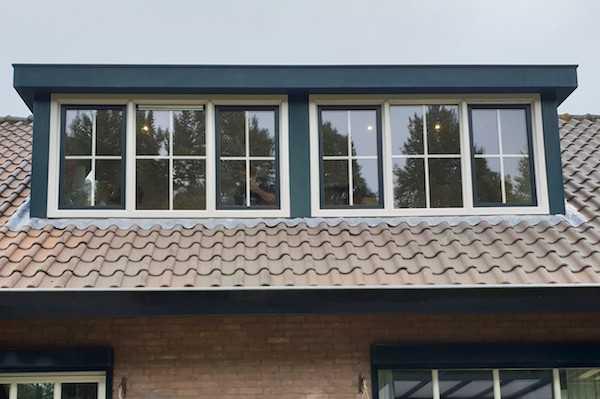 Dakkapel met een dubbel raam